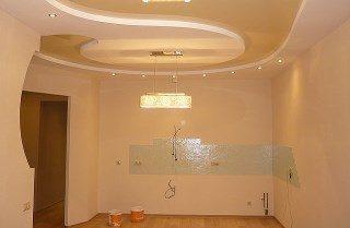 Фото процесса Обшивка потолка квартиры в Казани