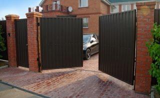 Распашные ворота для дачи в Казани